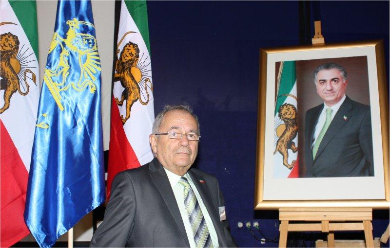 دکتر حسین یزدی